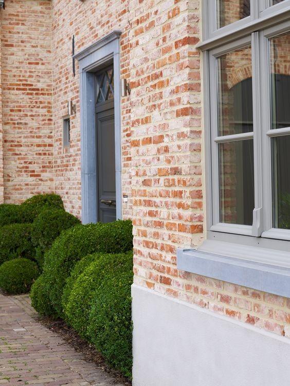 PVC of ALU ? Grijze ramen zijn altijd een goed idee !